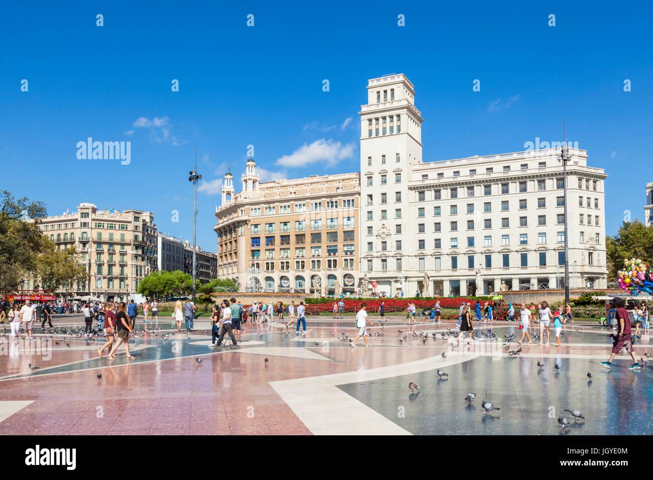 Barcelona-Catalunya Barcelona Plaça de Catalunya Placa de Catalunya beschäftigt Hauptplatz im Zentrum Stockbild