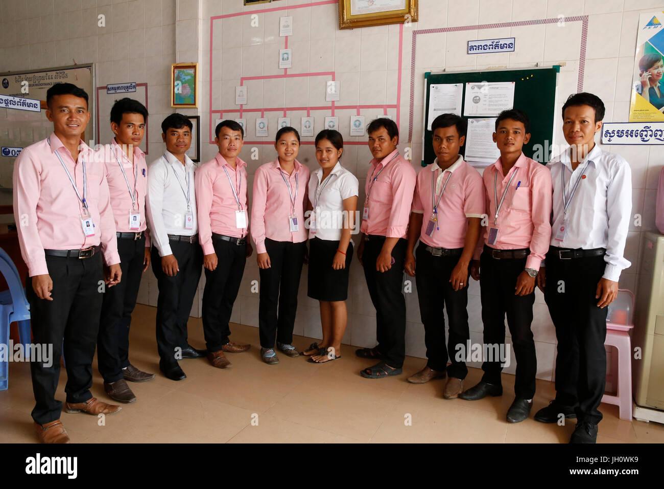 Chamroeun Microfinance Battambang Branch Office-Team. Kambodscha. Stockbild