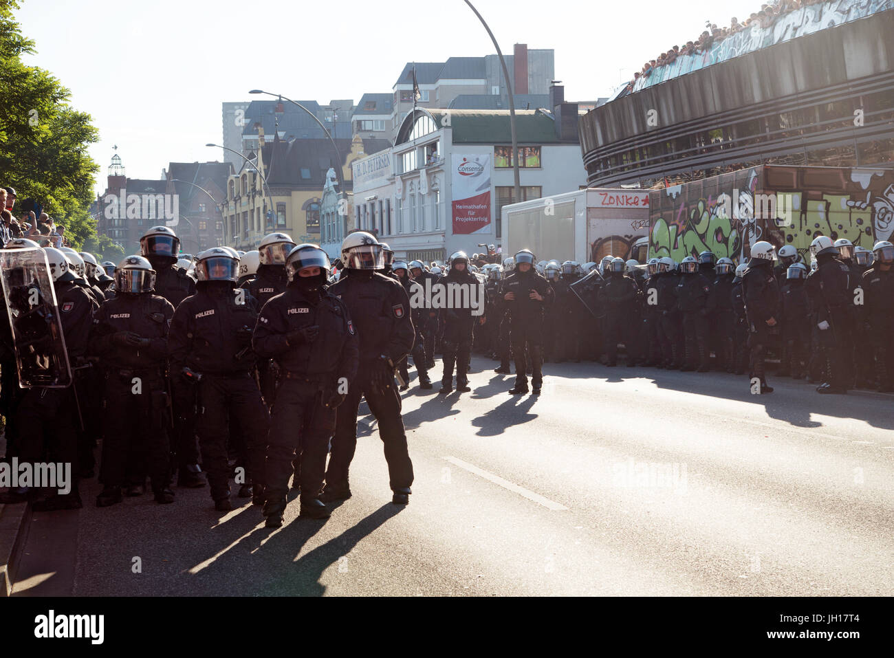 G20-Gipfel, Willkommen in der Hölle Stockbild