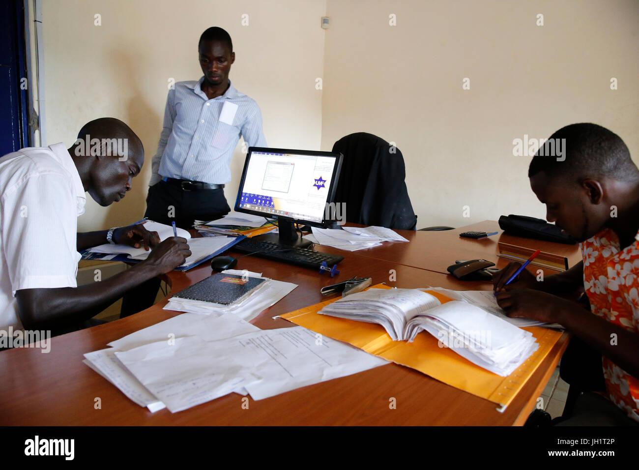 Uganda Microcredit Foundation Bweyale Niederlassung.  Uganda. Stockbild