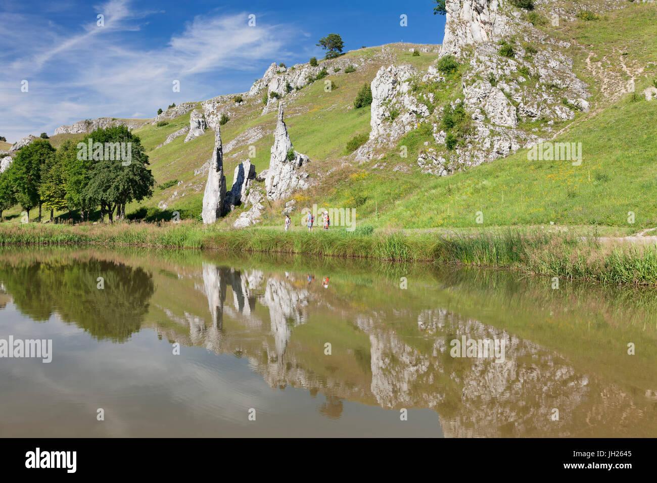 Steinerne Jungfrauen Felsformation, Eselsburger Tal Tal, Herbrechtingen, schwäbischen Alb, Baden-Württemberg, Stockbild