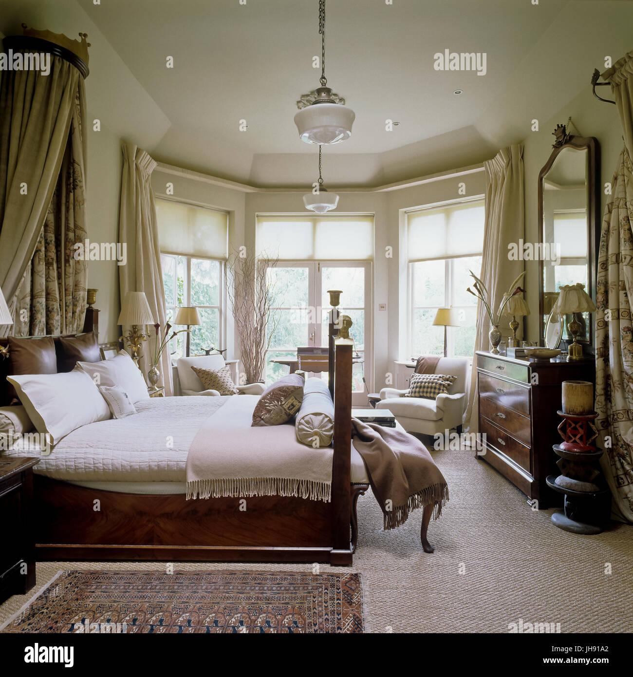 Gedämpfte Farben Schlafzimmer Stockfoto, Bild: 148330730 - Alamy