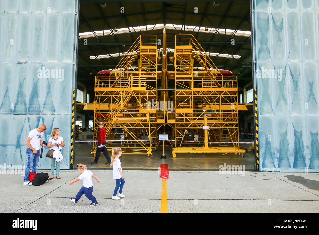 Aviation Mechanic Stockfotos Aviation Mechanic Bilder Alamy
