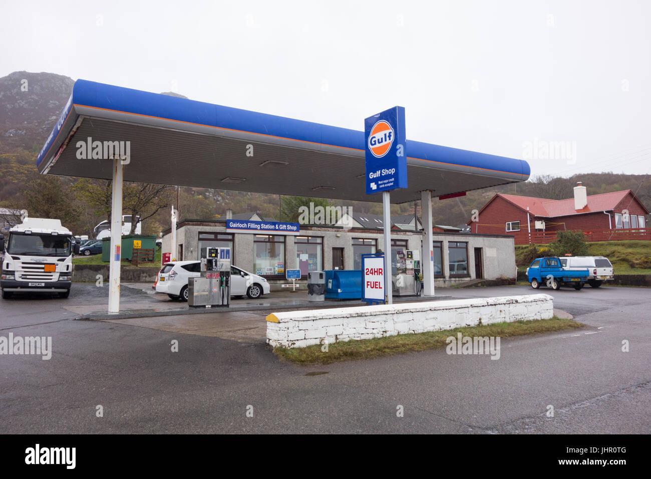 Gulf Tankstelle, Gairloch, Scotland, UK Stockbild
