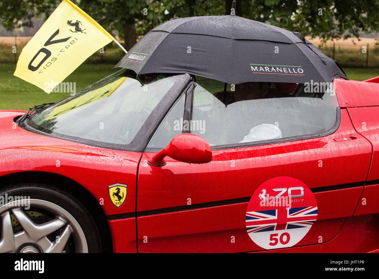 Ferrari Flag Stockfotos & Ferrari Flag Bilder - Alamy