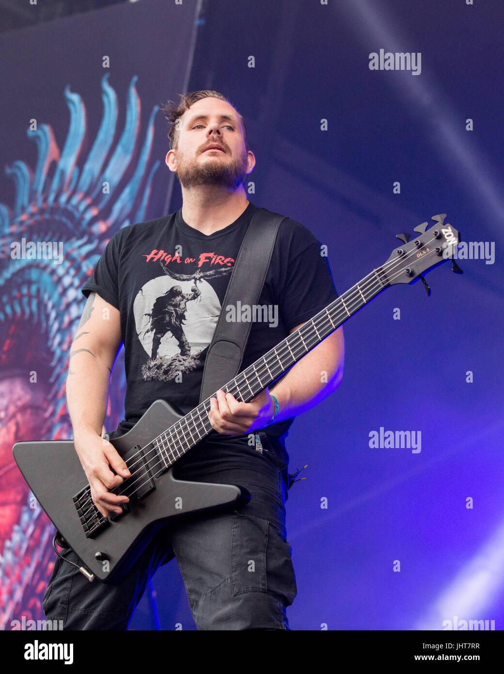 Bridgeview, Illinois, USA. 14. Juli 2017. DICK LÖVGREN von Meshuggah ...