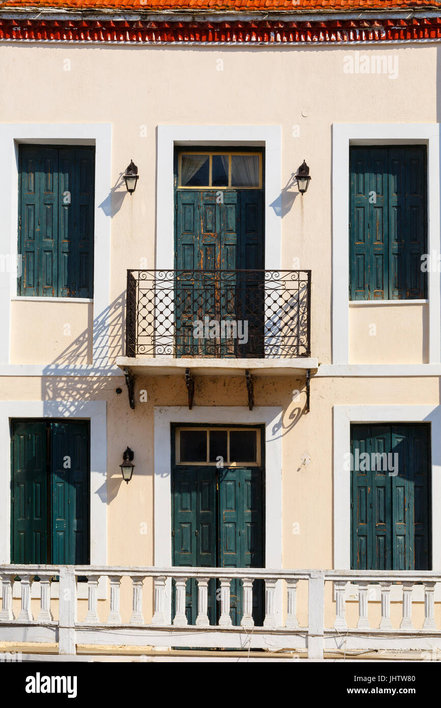 Gebäude in der Altstadt von Skopelos, Griechenland. Stockbild