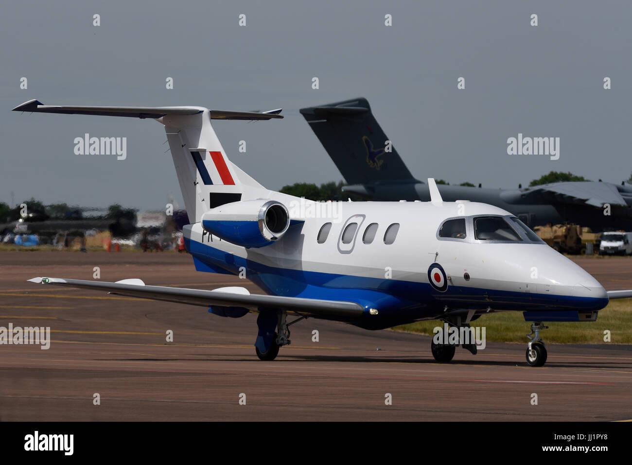 Embraer Phenom 100 Business-Jet hat die UK Ministerium der Verteidigung (MOD) ausgewählt, um Flugtraining für Stockbild