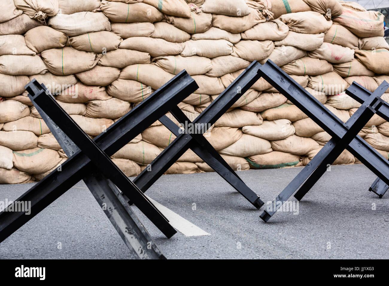 Schwarzer Stahl schwarzer stahl straße barriere in form anti tank tschechische