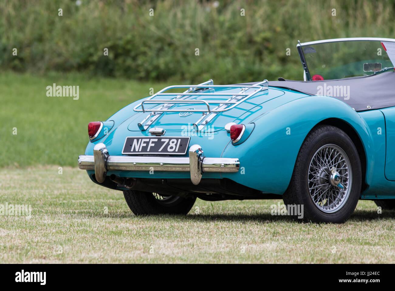 TOCKENHAM, UK - Juli 15, 2017:1956 MGA British open Top Sportwagen-Klassiker Stockbild