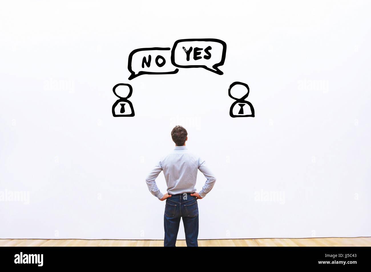 Ja Vs Nein, Verhandlung, Dialogfeld oder Streit Konzept, Diskussion von zwei Geschäftsleuten mit unterschiedlichen Stockbild