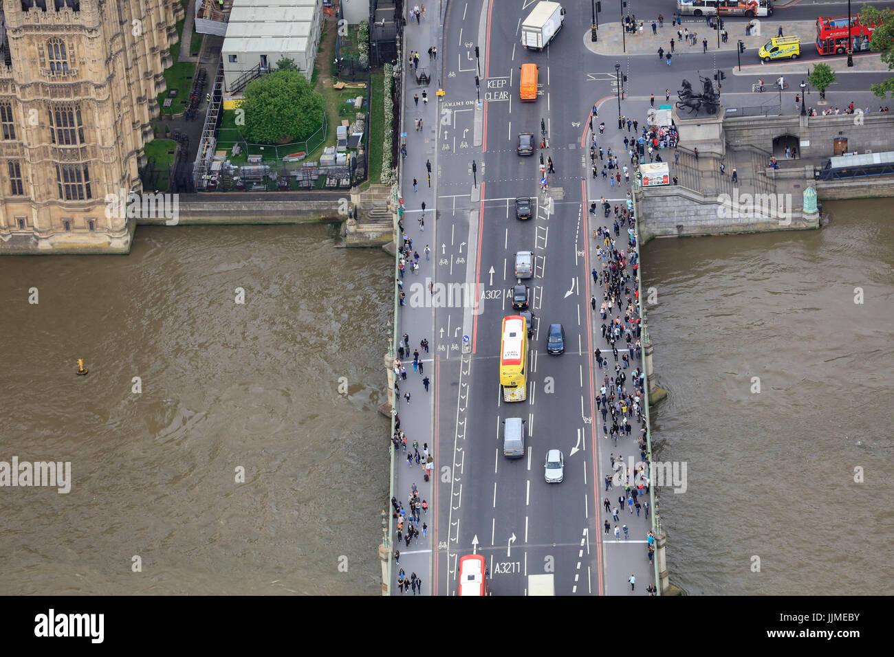 Eine Luftaufnahme der Westminster Bridge, London Stockfoto