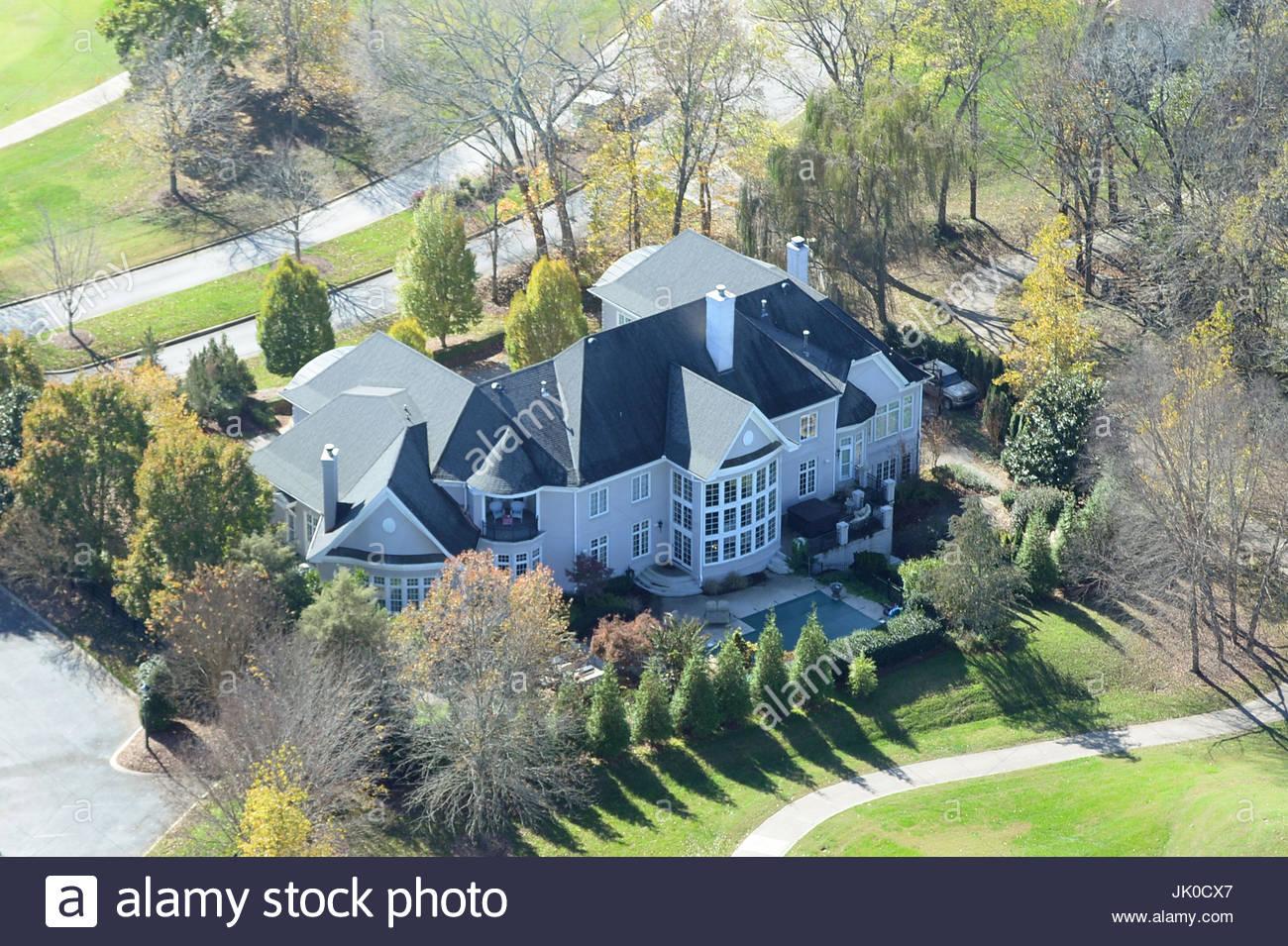 Attraktiv Miranda Lambert Und Blake Shelton. Miranda Lambert Und Blake Shelton Hause  In Governors Club, Nashville. Die 11.000 Quadratfuß Haus Befindet Sich Auf  Dem ...