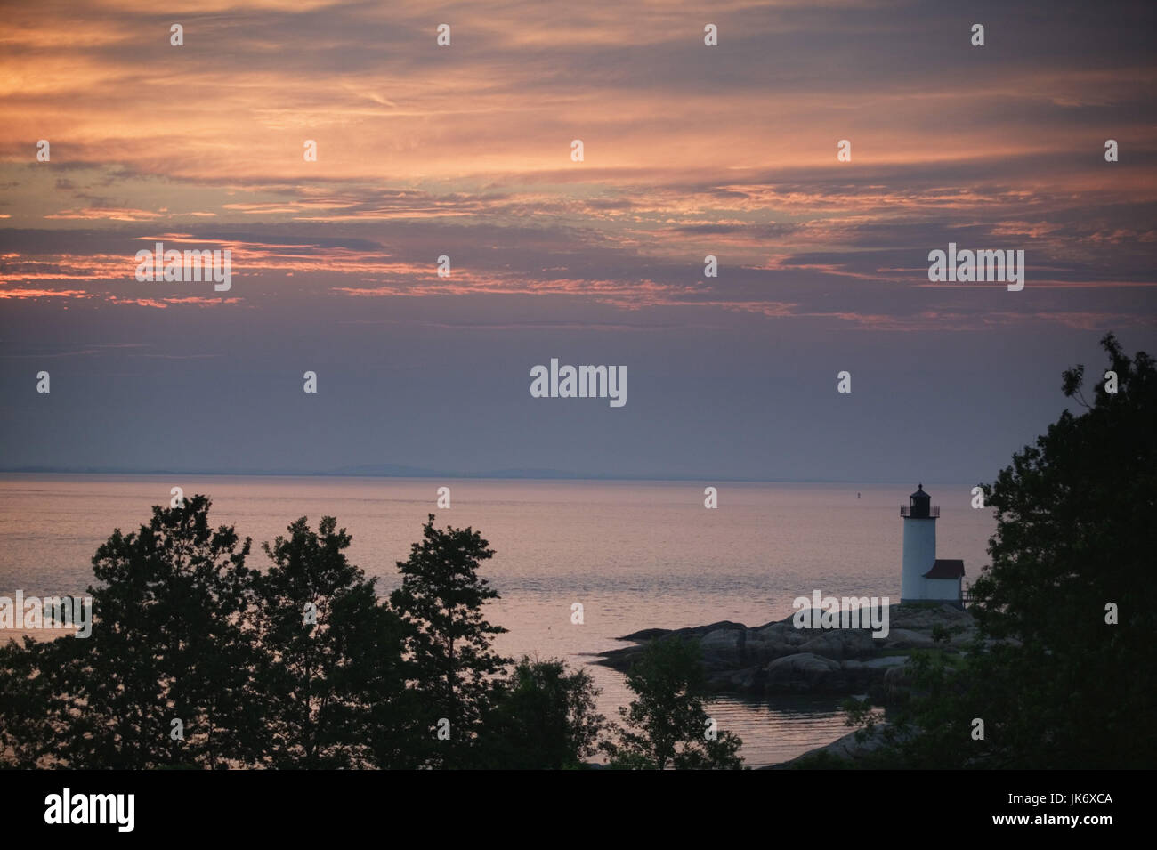 USA, Massachusetts, Gloucester, Annisquam Lighthaus, werden Amerika, Nordamerika, Küstengebiet, Küstenlandschaft, Stockbild