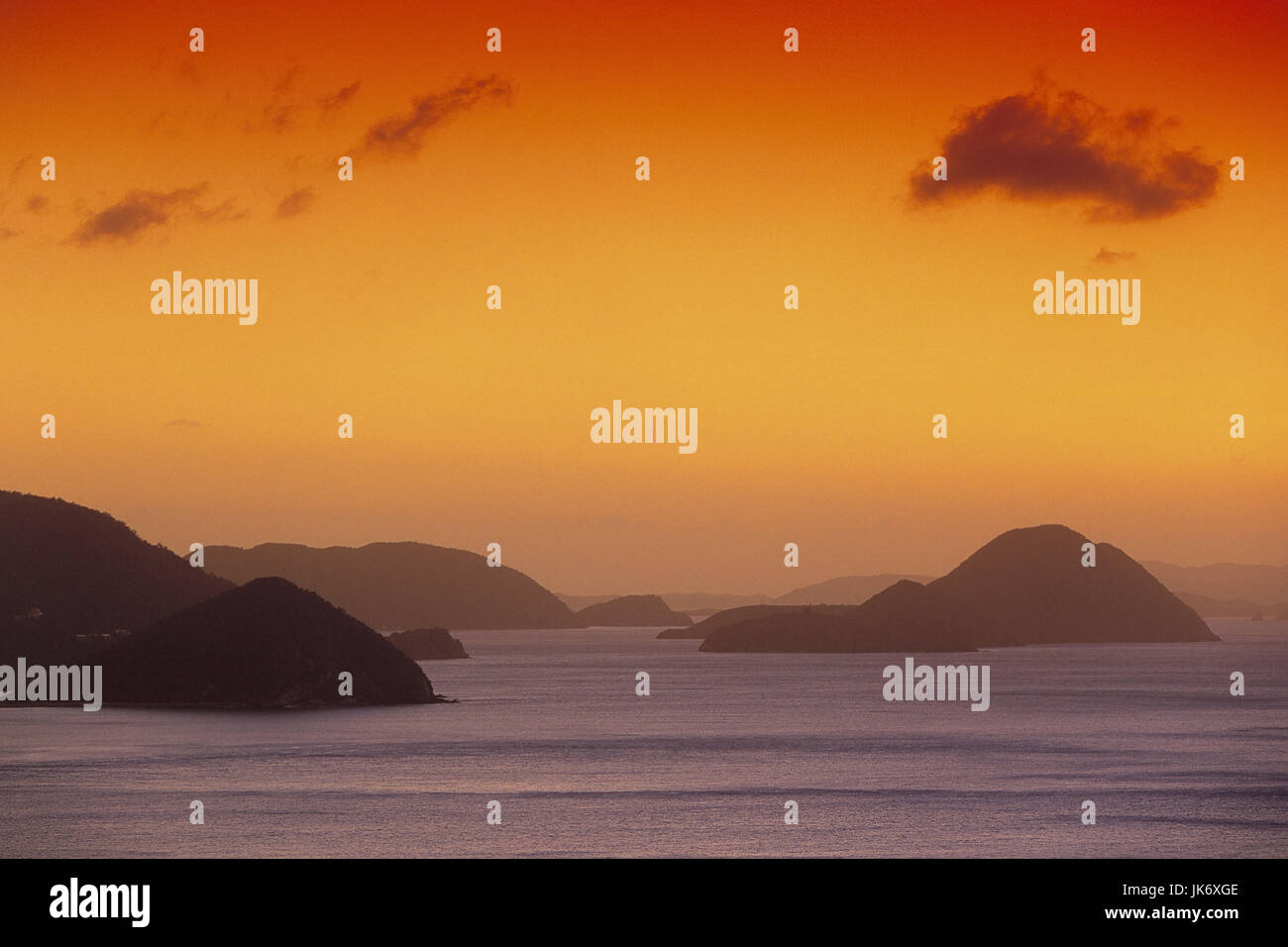 Karibik, Britische Jungferninseln, Tortola, Cane Garden Bay, Blick Jost Van Dyke, Meer, Abendlicht Mittelamerika, Stockbild