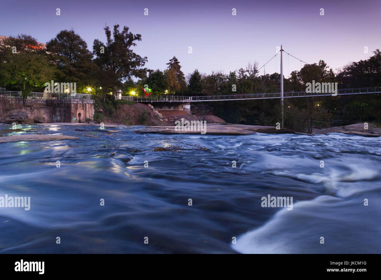 USA, Greenville, South Carolina, Falls Park auf die Reedy River, Freiheitsbrücke, Miqel Rosales, Architekt, Stockbild