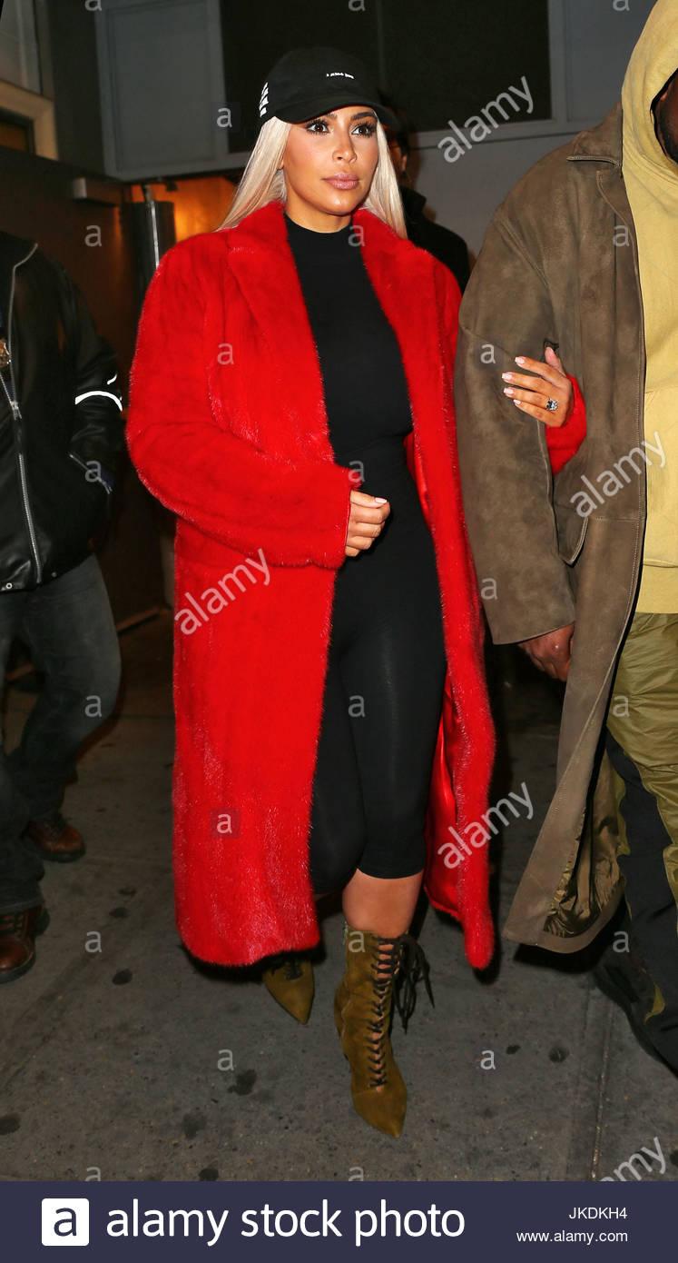 Kim Kardashian, Kanye West. Kim Kardashian Kleider in rot für ...