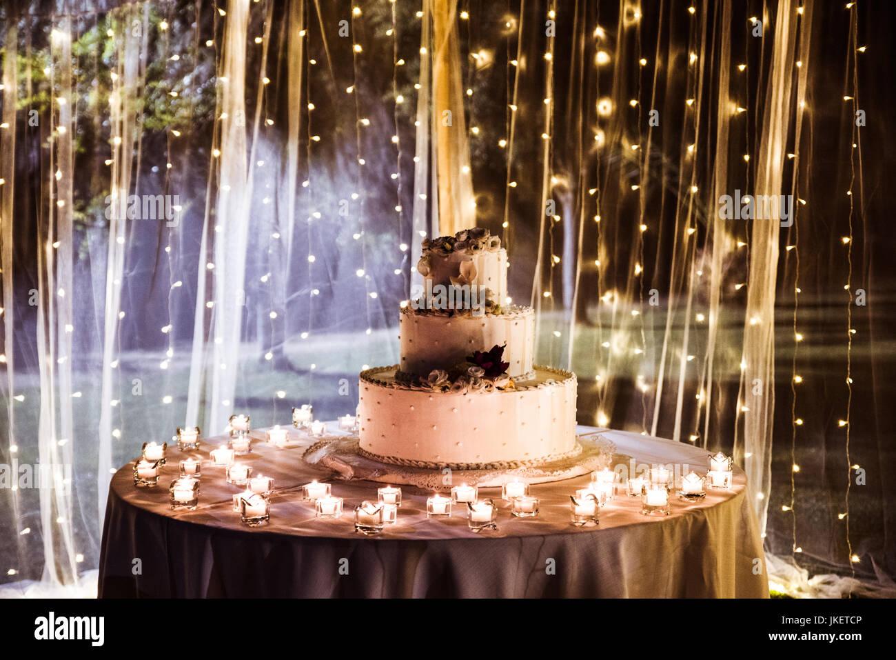 Hochzeitsdekorationen Und Kuchen Stockfoto Bild 149687910 Alamy