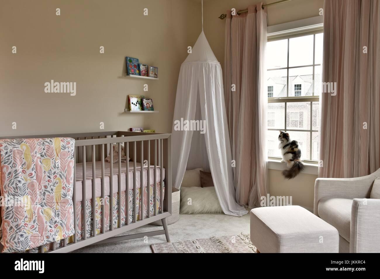 Baby Mädchen Zimmer Interieur mit Boho-design Stockfoto, Bild ...