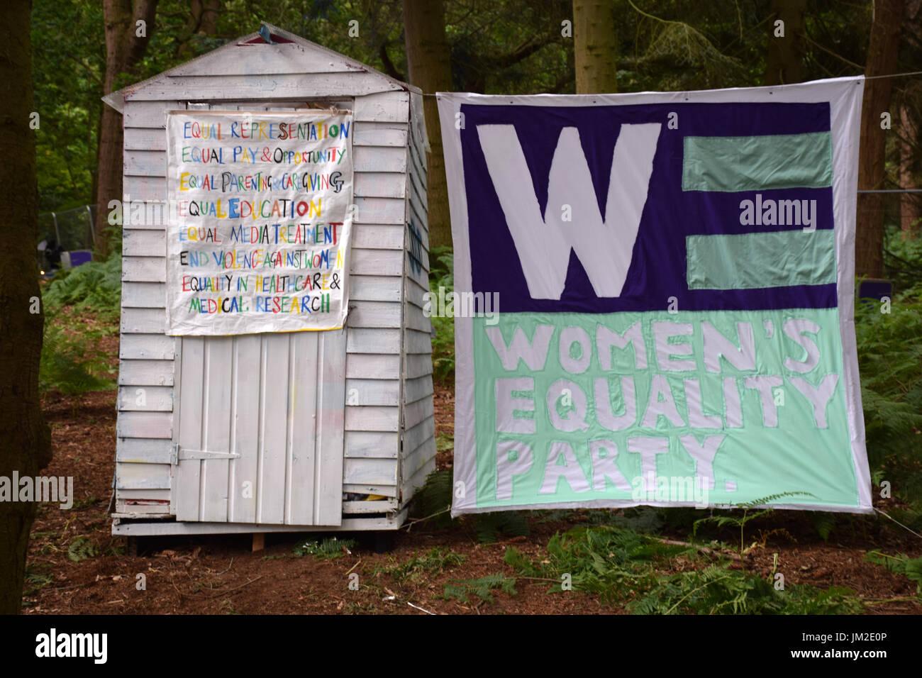 Latitude Festival 2017, Henham Park, Suffolk, UK. Frauen Equality Party Bereich Stockbild