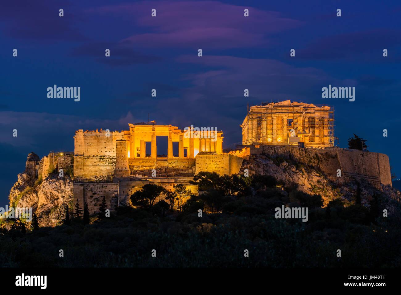 Nachtansicht der Akropolis, Athen, Attika, Griechenland Stockbild