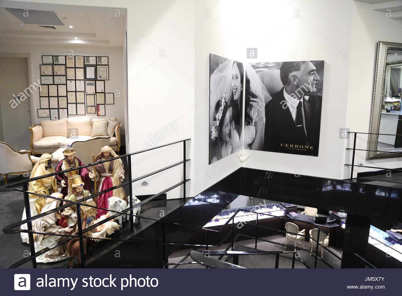 Cerrone Grand Salon. Sydney, Australien. NIC & Carmella Cerrone ...