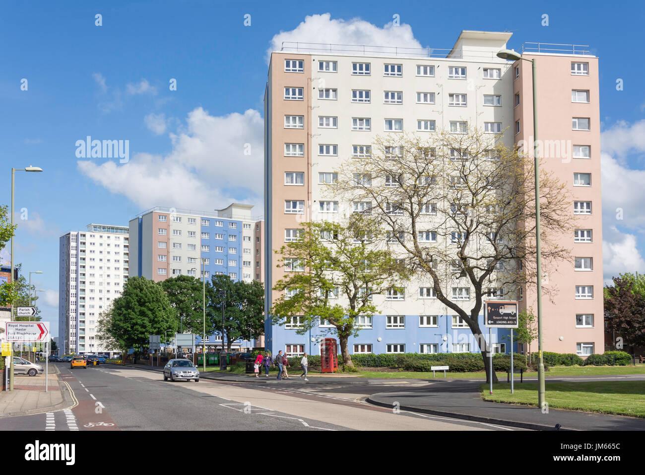 Wohnhochhäusern, Südstraße, Gosport, Hampshire, England, Vereinigtes Königreich Stockbild