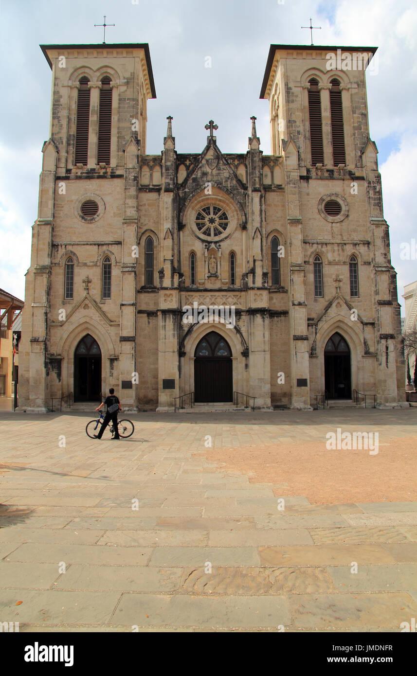 Die elegante Kathedrale San Fernando ist ein wichtiger Stopp für diejenigen, die die reichen religiösen Geschichte von San Antonio, Texas zu schätzen Stockbild