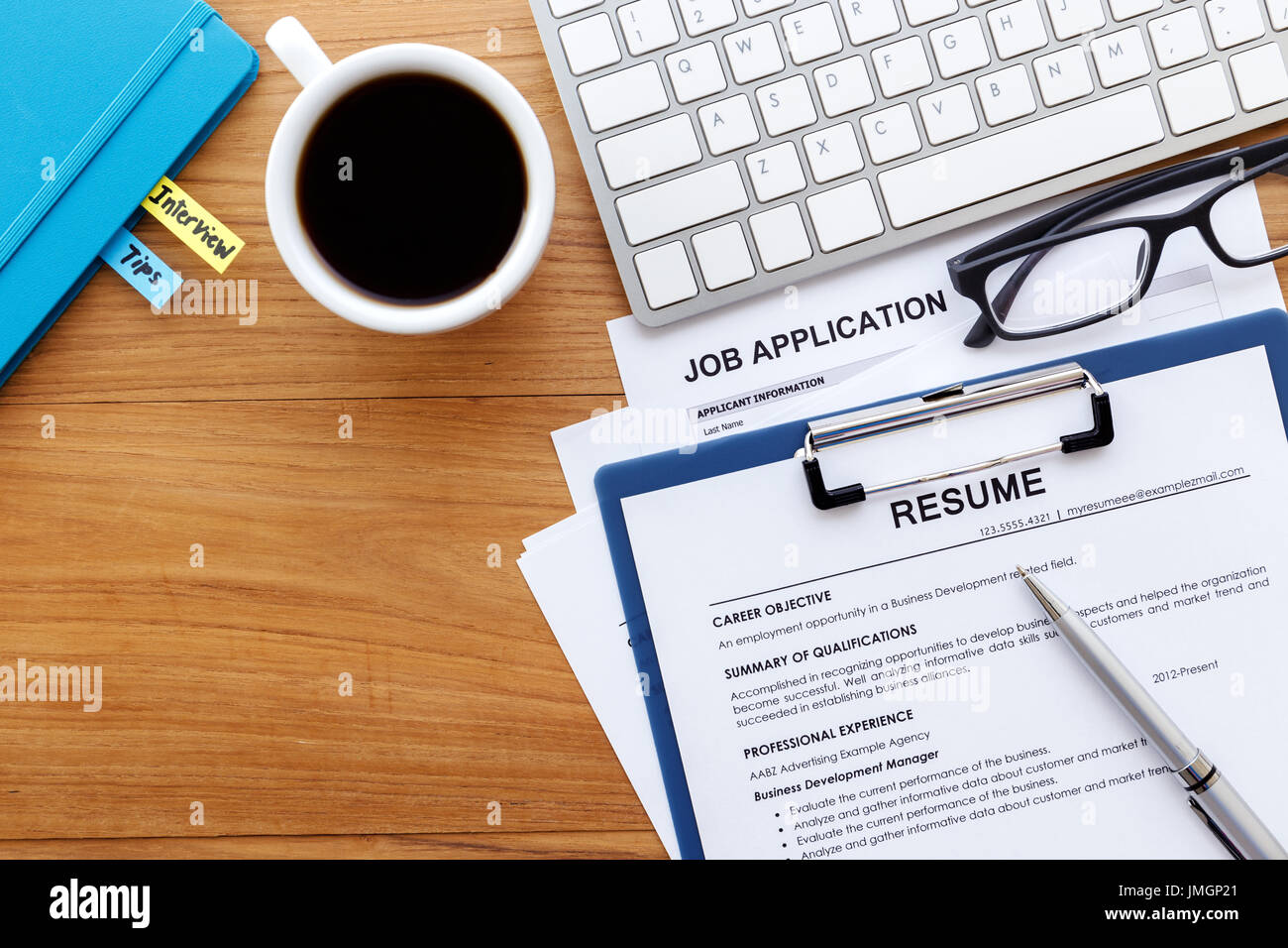 Application Apply Online Job Search Stockfotos & Application Apply ...
