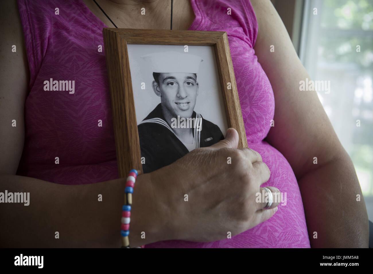 Großzügig Draht Rosa Flagge Album Fotos - Elektrische Schaltplan ...