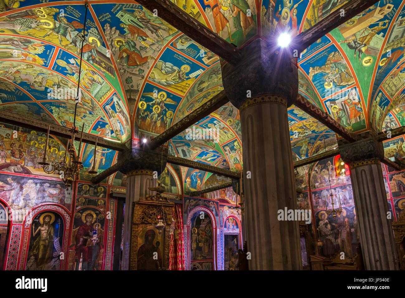 """14. Jahrhundert datiert Fresken im Inneren der großen Meteora Kloster mit dem Titel """"Martyrium der Heiligen"""" Meteora, Thessalien, Griechenland Stockbild"""
