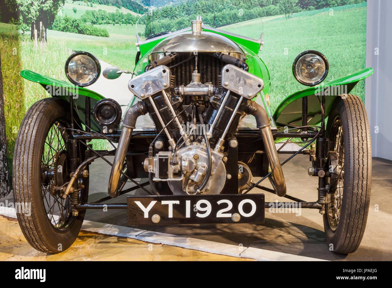 England, Hampshire, New Forest, Beaulieu, The National Motor Museum, Ausstellung von Morgan Aero datiert 1927 Stockbild