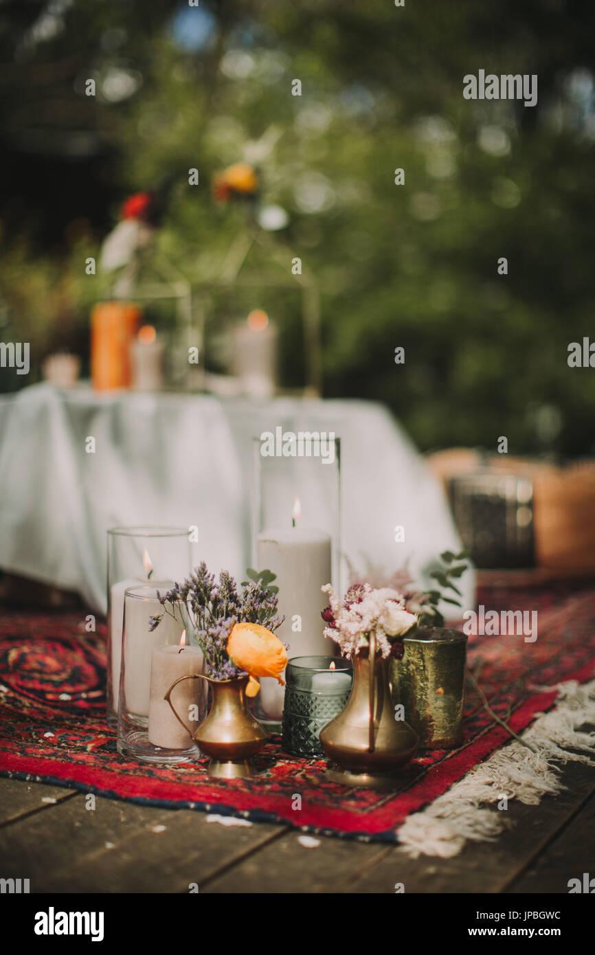 Festlich Gedeckten Tisch Bei Alternativen Hochzeitsfeier Draussen