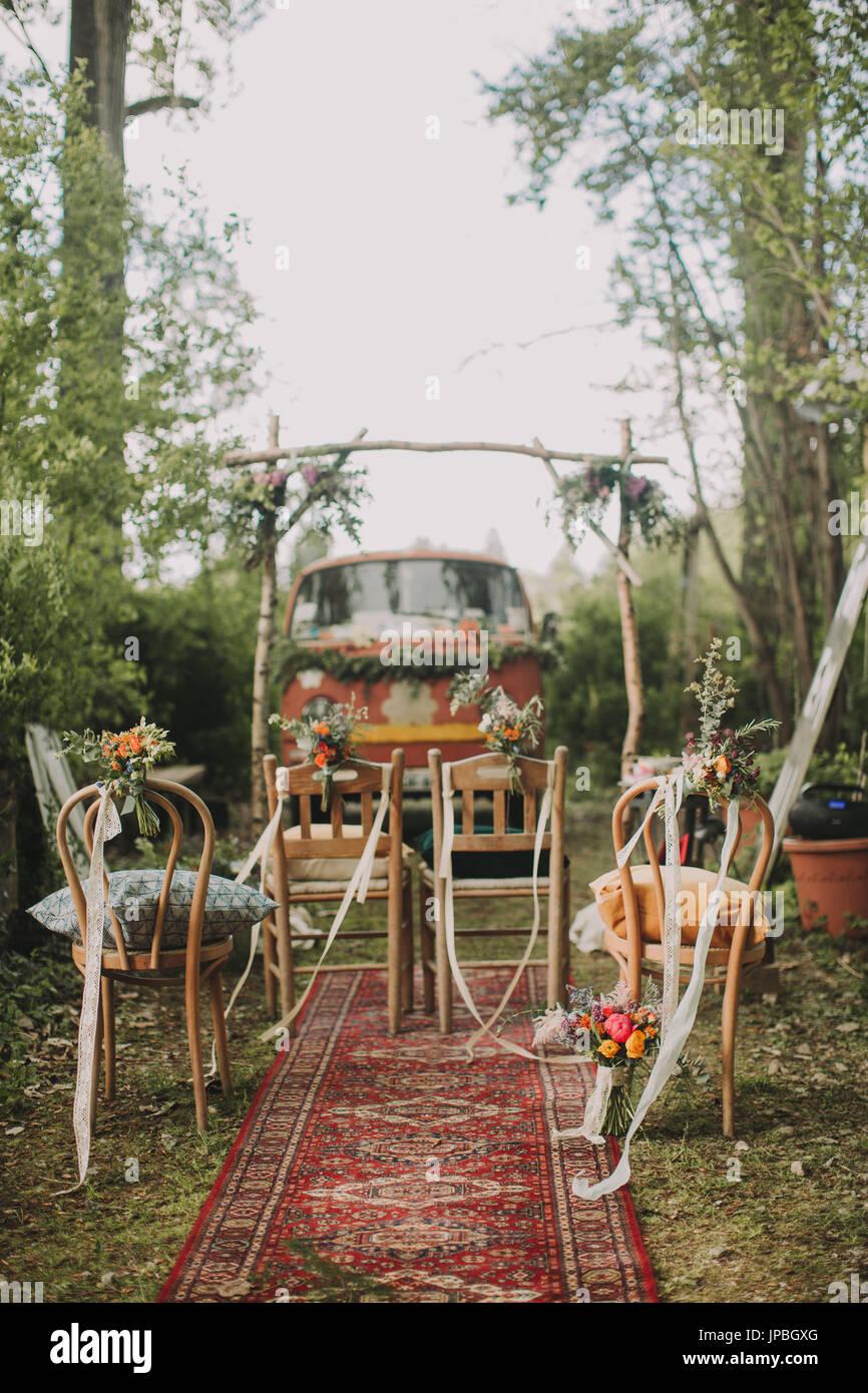 Alternative Hochzeit Garten Dekoration Vorbereitung Stuhle