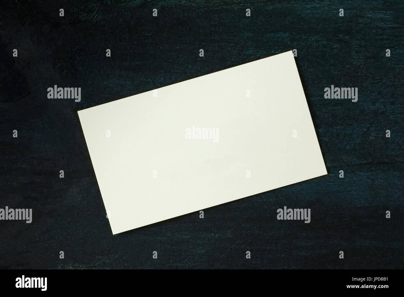 Ein Foto Einer Leeren Weißen Dicken Karton Visitenkarte Auf