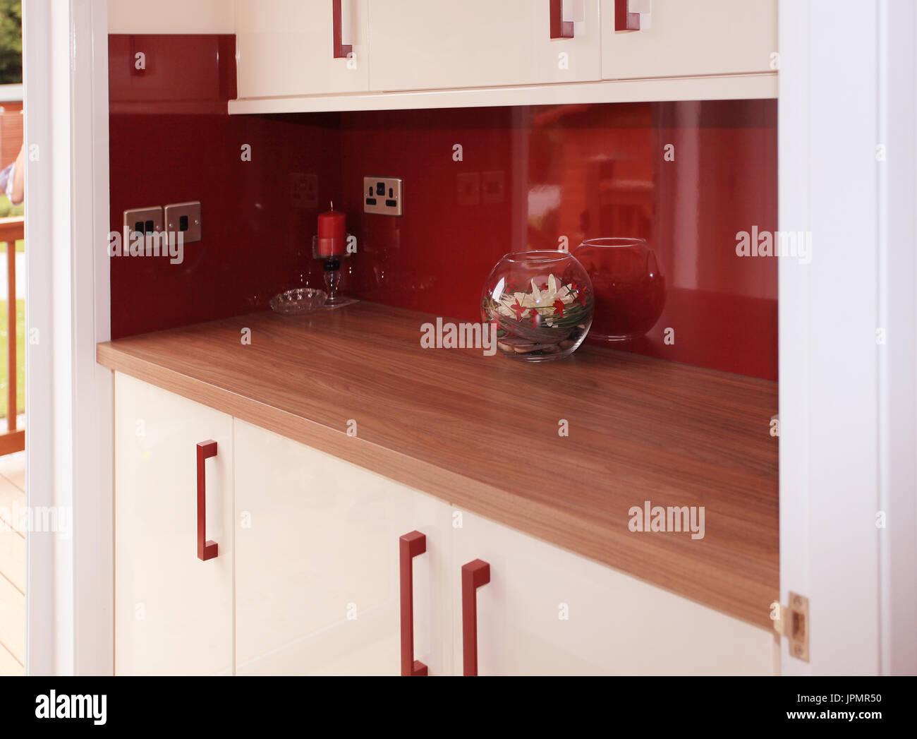 Modern Design Shelter Stockfotos & Modern Design Shelter Bilder - Alamy