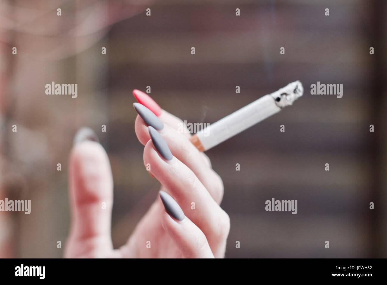 Pink Nails Stockfotos & Pink Nails Bilder - Alamy