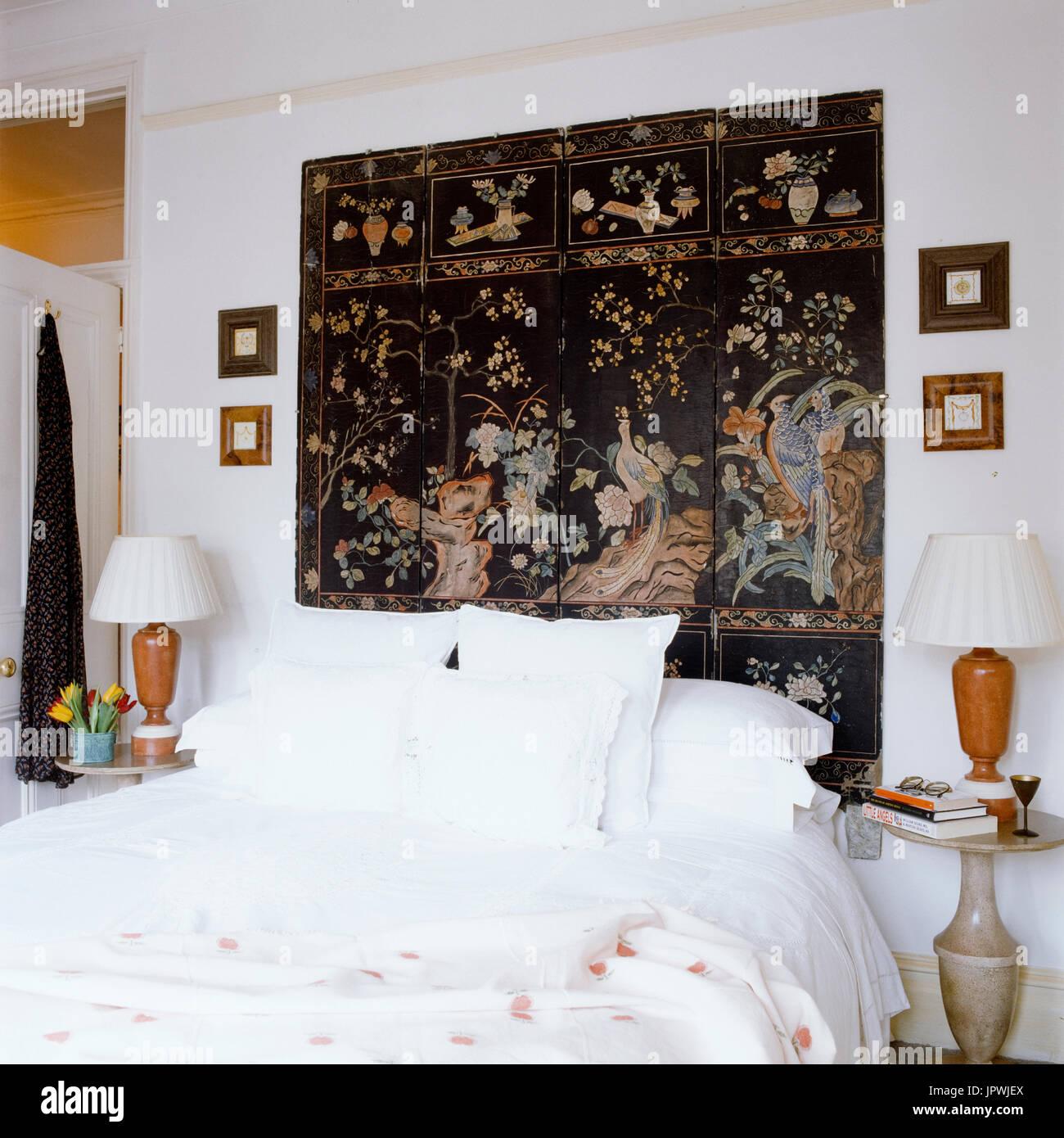 Orientalische Bildschirm im Schlafzimmer Stockfoto, Bild: 151768706 ...
