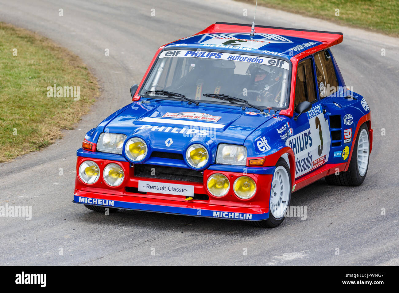 1985 renault 5 maxi turbo rallye auto mit fahrer jean ragnotti auf die 2017 goodwood festival of. Black Bedroom Furniture Sets. Home Design Ideas