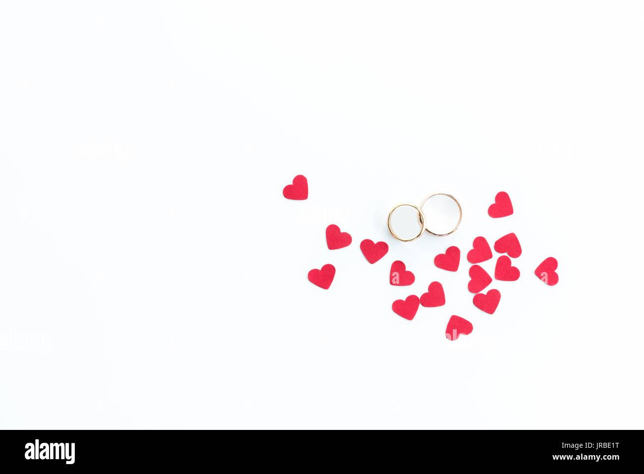 Draufsicht Der Goldene Hochzeit Ringe Und Rosa Herzen Symbole
