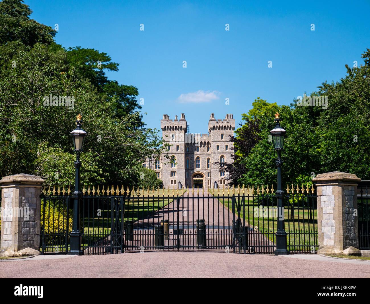 Windsor Castle Blick von dem langen Spaziergang, Windsor, Berkshire, England Stockbild