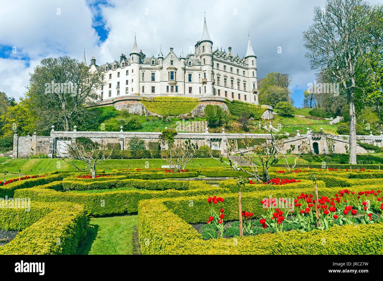 Dunrobin Castle Museum   Gardens in der Nähe von Golspie Highland-Schottland  Stockbild 9426a7dd33f53