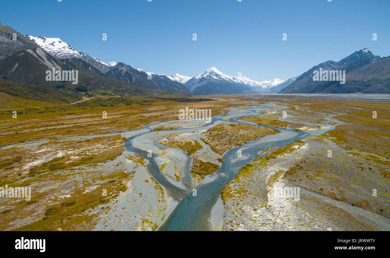 Breite Flussbett des Tasman River, Mount Cook, Mount Cook National Park, Region Canterbury, Südinsel, Neuseeland Stockbild