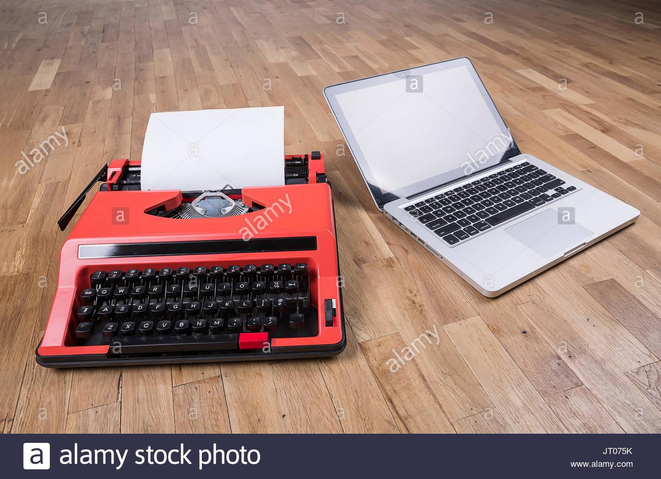 Business, Dinge, Computer, moderne, zeitgenössische, Evolution, Evolution, Evolution, tragbarer Computer, Laptop, Stockbild