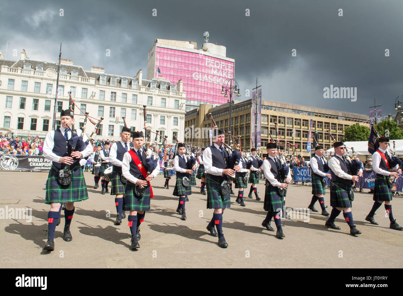 George Square, Glasgow, Schottland, Großbritannien. 7 Aug, 2017 Rohrleitungen Live! - Der Glasgow International Stockfoto