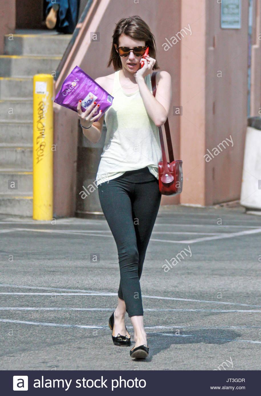Emma Roberts. Emma Roberts belebt ihren Körper mit Calgon Epsom Salz ...