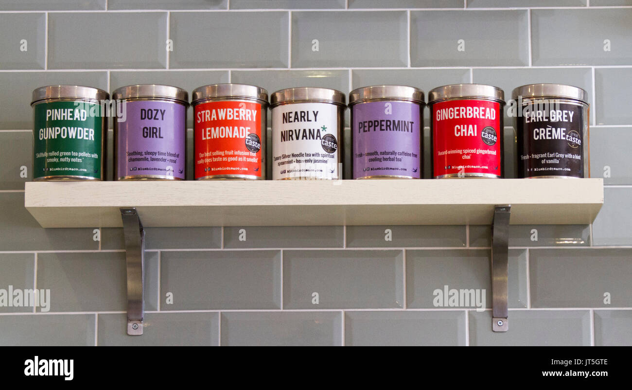 Storage Tins Stockfotos & Storage Tins Bilder - Alamy