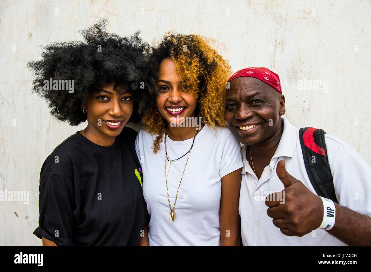 Die Einheimischen für die Kamera posiert, Bujumbura, Burundi, Afrika Stockbild