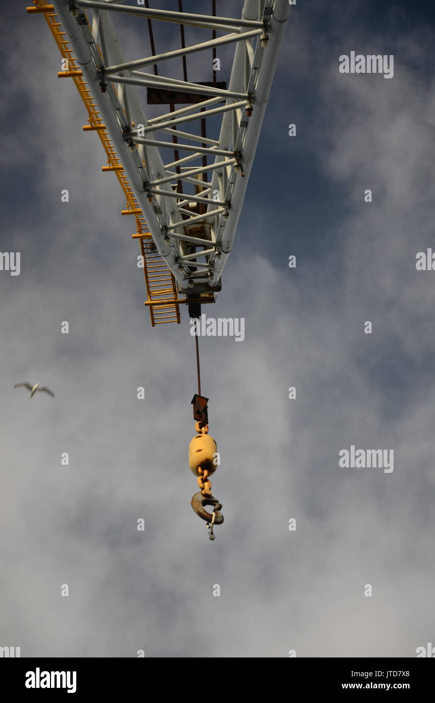 Hydraulic Hoist Stockfotos & Hydraulic Hoist Bilder - Alamy
