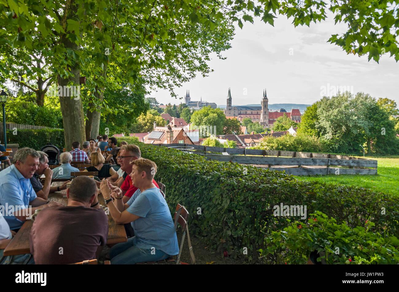 Spezial Keller Biergarten In Bamberg Franken Bayern Deutschland Stockfotografie Alamy